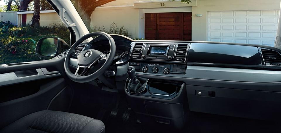 VW Multivan Cockpit