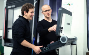 Präzises Handwerk: Feinwerkmechaniker sind begehrte Fachkräfte